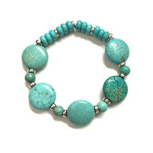 Premier Designs Faux Turquoise Beaded Bracelet